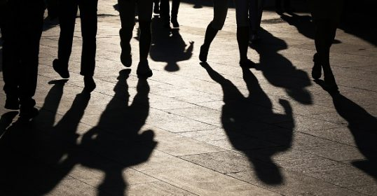 Groepsdruk jongeren - Essaresearch.nl Sheila Adjiembaks